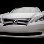 Lexus ES 350 with AutoChromatica's Halo Lighting Studio