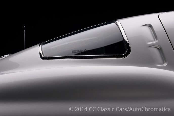 1963-chevrolet-corvette-split-window_SRC_3676